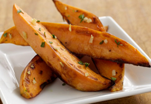 how to cut sweet potato wedges