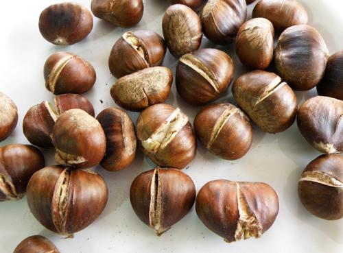 http://www.dietetik.ro/data/Images/castane2.jpg