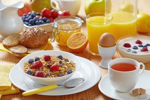 Idei pentru un mic dejun sănătos – Ce să mănânci dimineața ca să slăbești