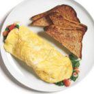 Mic dejunul de 400 de calorii: omleta cu spanac si mozzarella