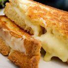 Cum faci un sandvis cu branza sanatos
