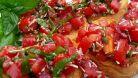 10 Bruschete minunate cu rosii pentru slabire si mentinere