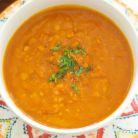 Supa cremoasa cu dovleac si linte rosie