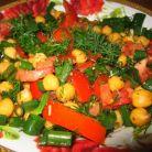 Salata cu naut si rosii