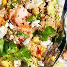 Salata cu somon, mango si quinoa