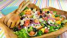 O salata greceasca diferita in fiecare zi