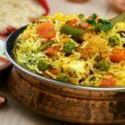 Orez in stil indian cu legume, stafide si nuci caju