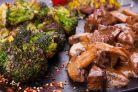 Jumatati de ciuperci pentru mese rapide si slab calorice