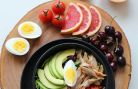 Slabirea cu avocado, oua fierte si grapefruit