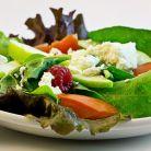 6 trucuri pentru salate mai gustoase si mai sanatoase