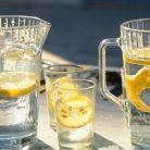 Apa cu lamaie pentru slabit: care este de fapt adevarul?