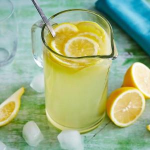 Detoxifierea de 3 zile cu limonada si salata