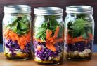 Adauga aceste salate la orice tip de mancare si ADIO calorii