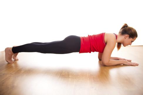 De ce sa faci exercitiul plank 30 de secunde in fiecare zi?